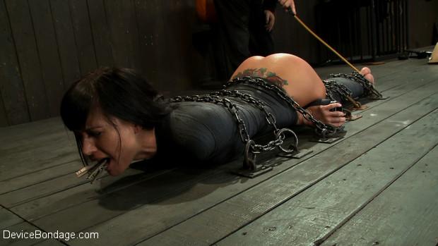 Total mummy bondage dominatrix